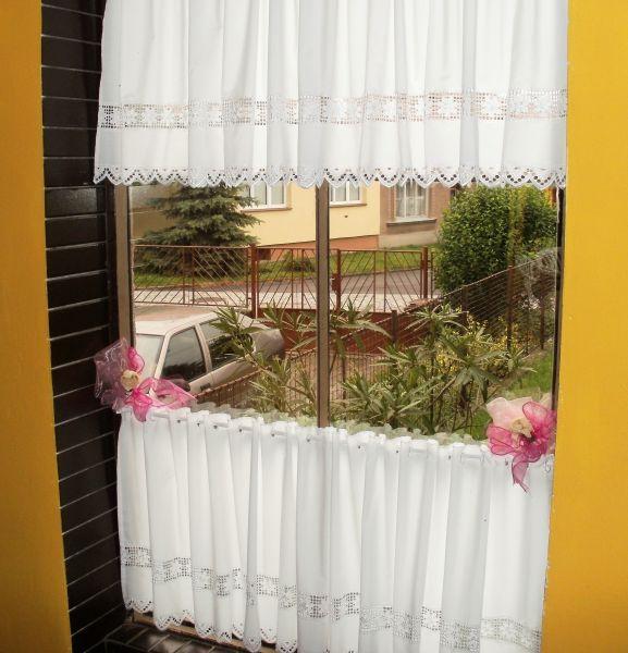 Záclona - výška 45 cm.